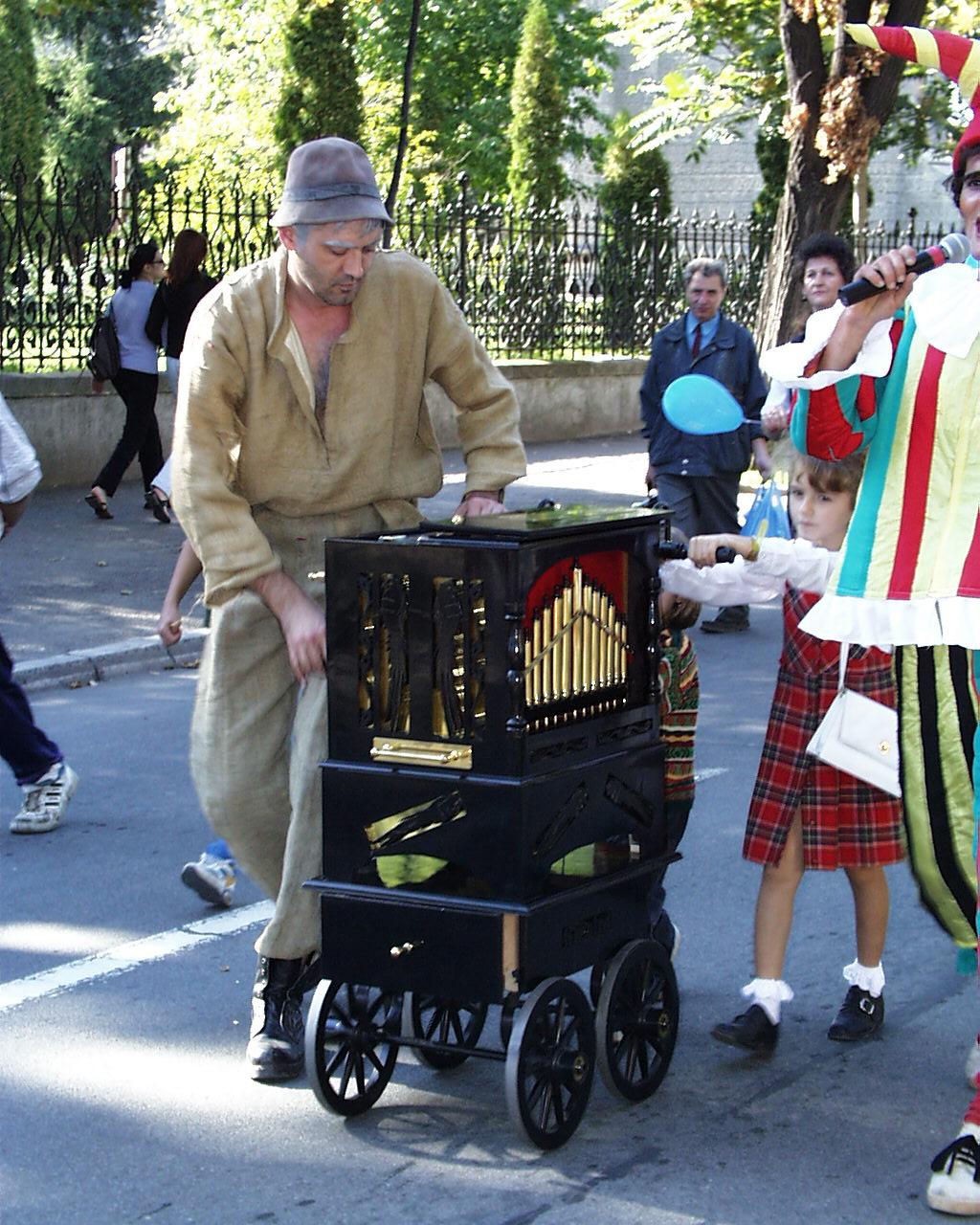Editia II: Parada muzicii mecanice